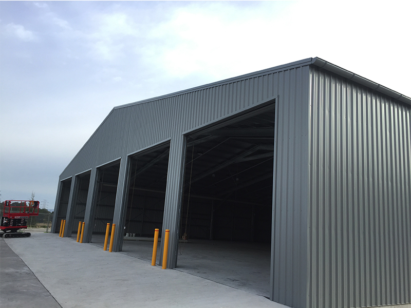 Large 5 door commercial warehouse
